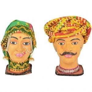 Vincraft Wood Village Lady & Man Figurine (6 cm x 5 cm x 13 cm, Set of 2)